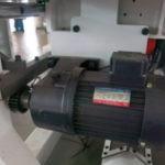 Перемещение пильной каретки для станка по производству мебели